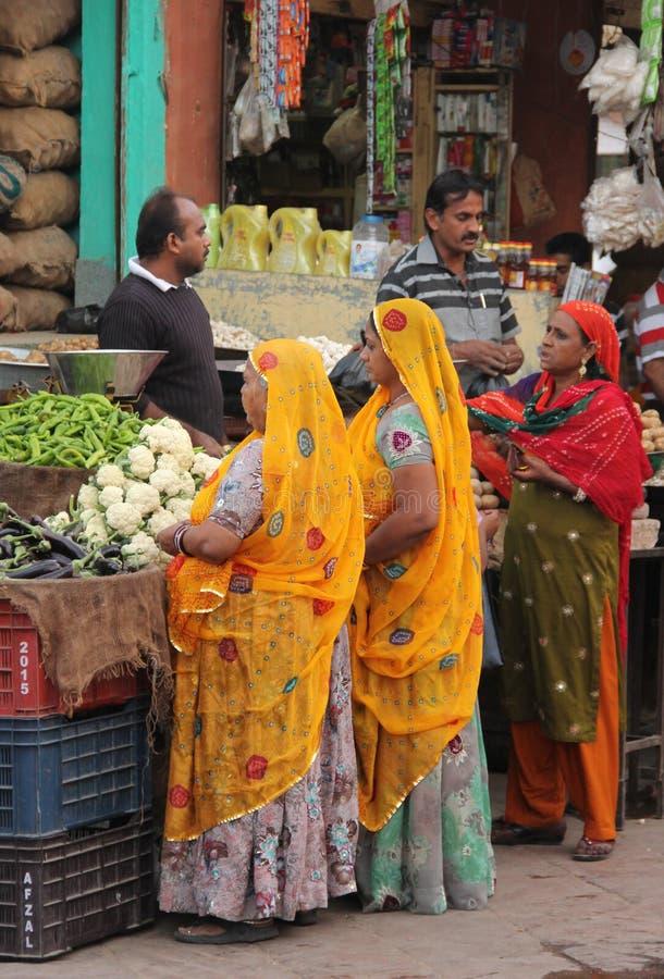 Een marktscène in Jodhpur stock afbeeldingen