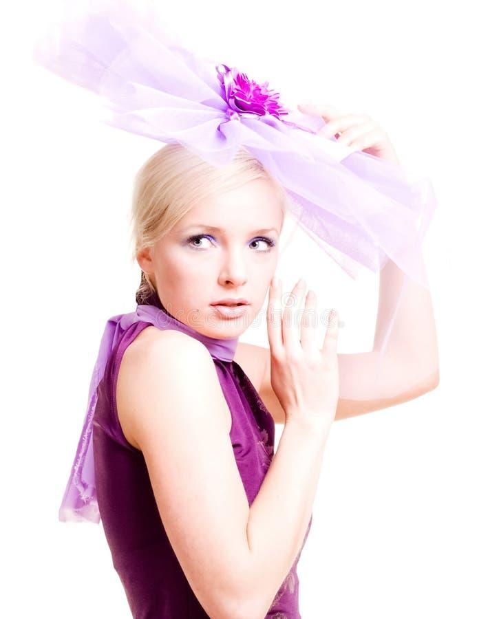 Een meisje is in licht. stock afbeeldingen