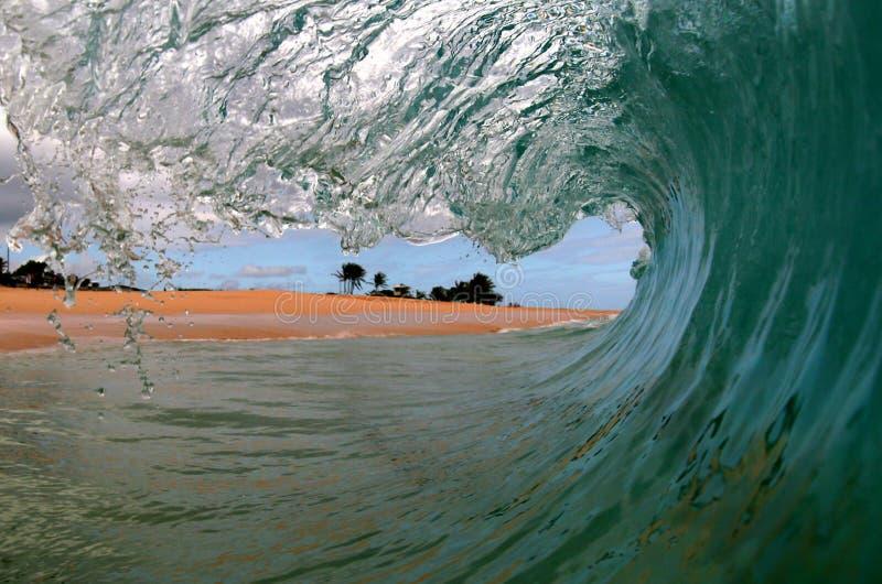Een mening Surfers van een Golf stock afbeeldingen