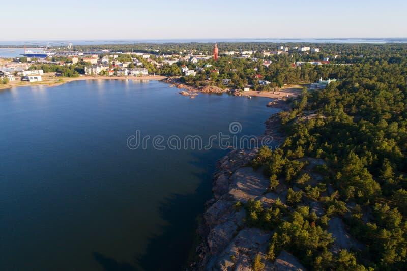 Een mening van de hoogte van de stad van het luchtonderzoek van Hanko Zuidelijk Finland stock fotografie