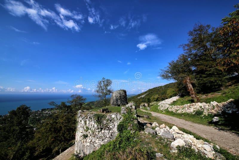 Een mening van de Iver-heuvel in Nieuwe Athos royalty-vrije stock afbeelding