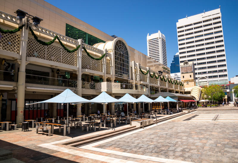 Een mening van Forrest Place Square, Centraal Myer Shopping Mall en c stock foto