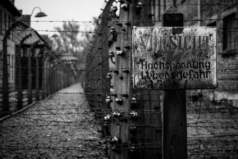 Een mening van een gebied voor het uitvoeren van Conc gevangenen van Auschwitz wordt gebruikt die stock fotografie