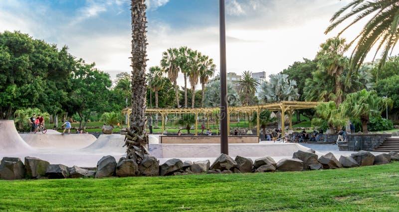 Een mening van een groot gebied van het vleetpark in het Park van La Granja, Santa Cruz de Tenerife, Canarische Eilanden, Spanje stock foto