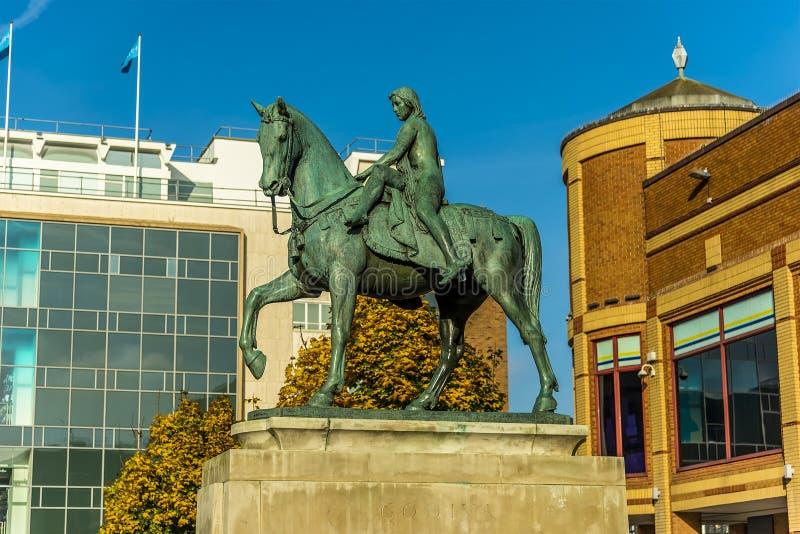 Een mening van het centrale vierkant in Coventry, het UK stock fotografie
