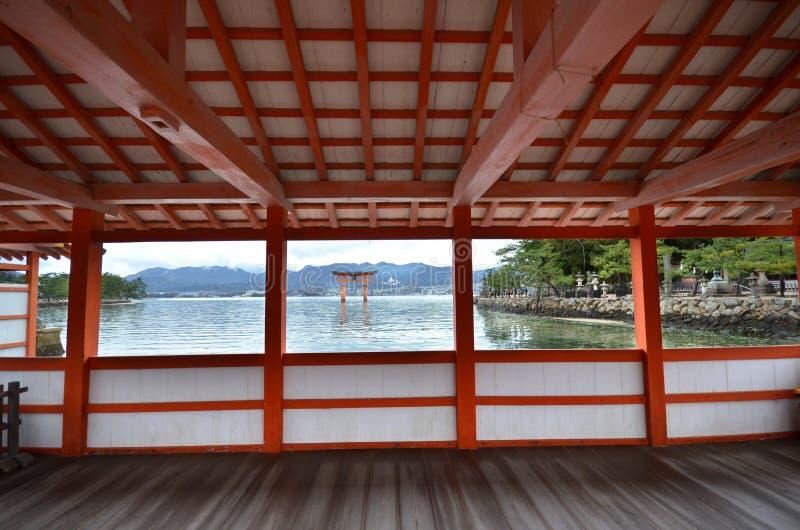 Een mening van Itsukushima-Heiligdom royalty-vrije stock afbeeldingen