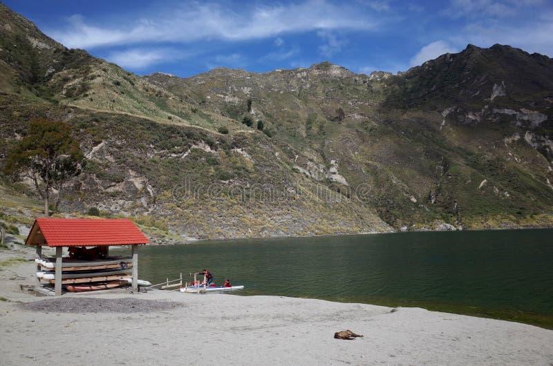 Een mening van Quilotoa-Meer stock foto's