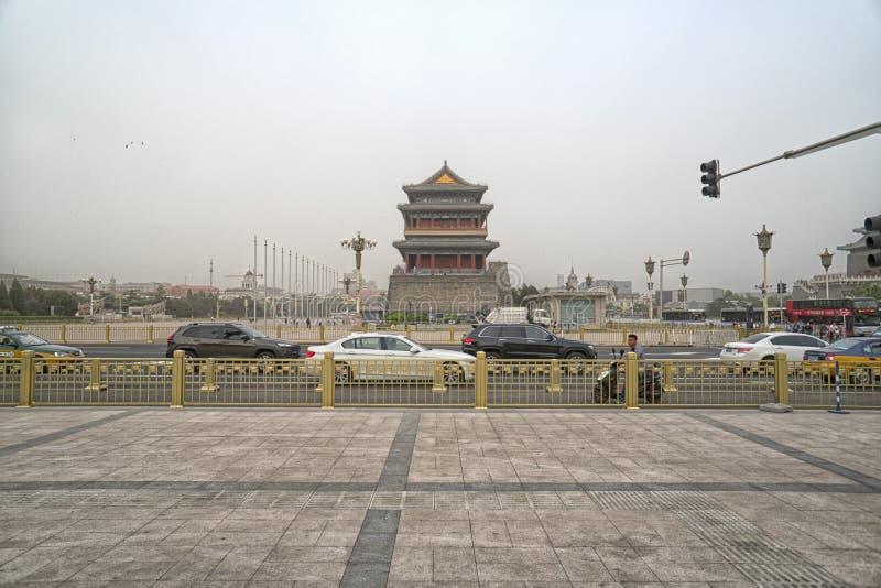 Een mening van Tiananmen-Vierkant en Zhengyangmen-Poorttoren Peking, China stock afbeelding