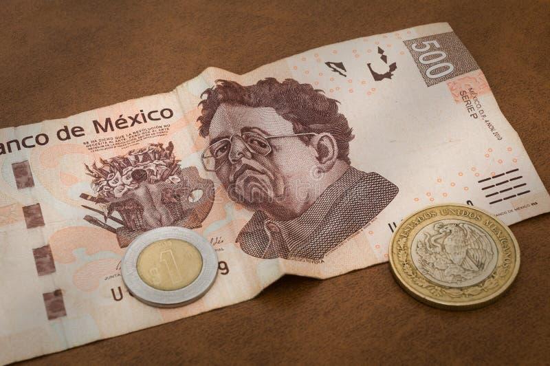 Een 500 Mexicaanse peso'srekening schijnt droevig te zijn stock fotografie