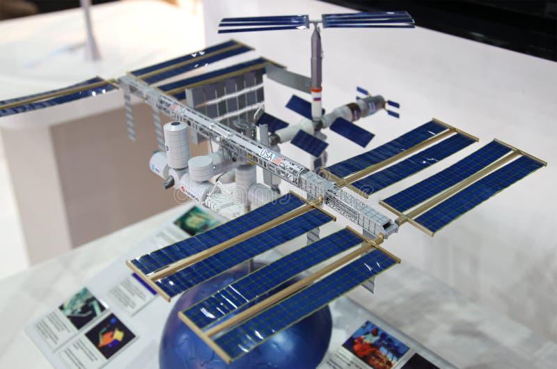 Een model van het Internationale Ruimtestation (ISS) stock afbeeldingen
