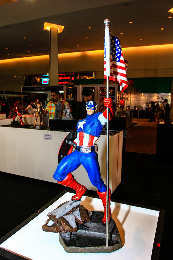 Download Een Model Van Het Karakter Kapitein America Van De Films En Com Redactionele Foto - Afbeelding bestaande uit helden, verbeelding: 54075316