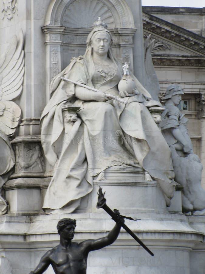 Een monument aan Koningin Victoria van Engeland stock fotografie