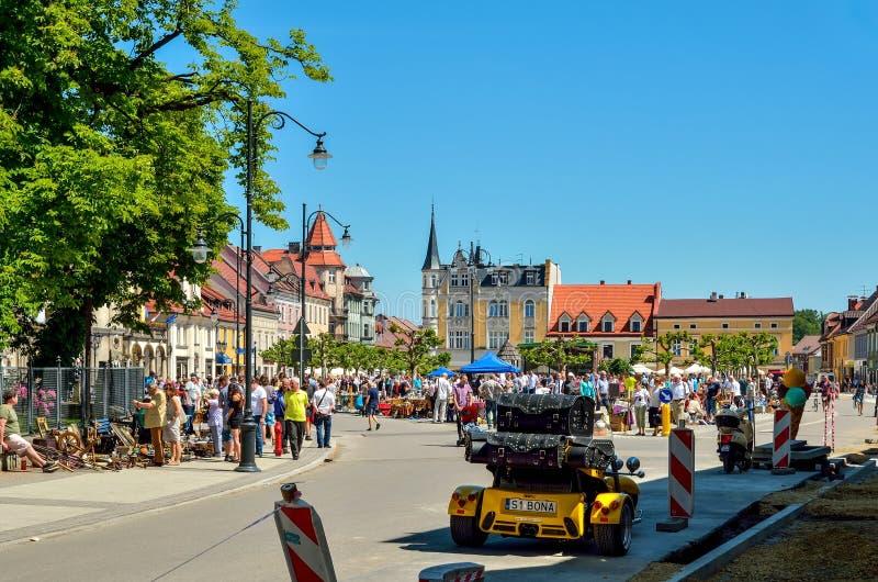 Een mooie historische markt in Pszczyna, Polen royalty-vrije stock afbeeldingen