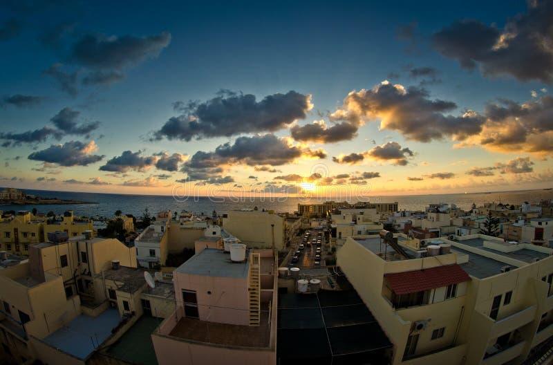 Een mooie zonsopgang in Malta stock foto's