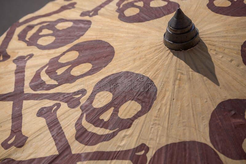 Een onheilspellende parasol stock fotografie