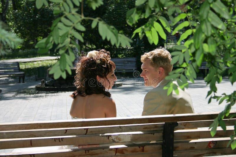 Een onlangs echtpaar. royalty-vrije stock foto