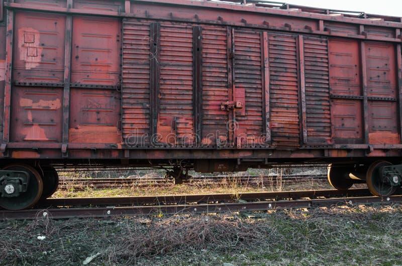 Een oud spoorwegvervoer van een trein royalty-vrije stock afbeeldingen