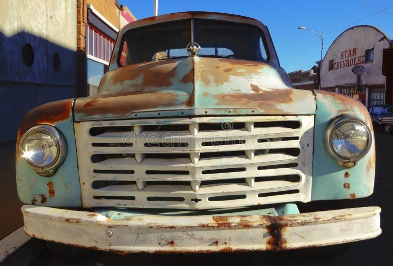 Een Oude Geroeste Studebaker-Vrachtwagen, Lowell, Arizona royalty-vrije stock afbeelding