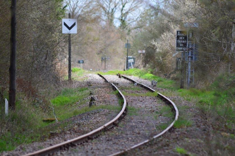 Een oude spoorweg van Frankrijk stock fotografie