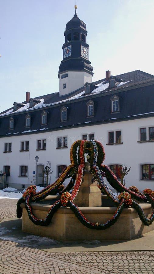 Download Een Pasen-fontein In Thuringia, Duitsland Stock Foto - Afbeelding bestaande uit toren, feestelijk: 39111074