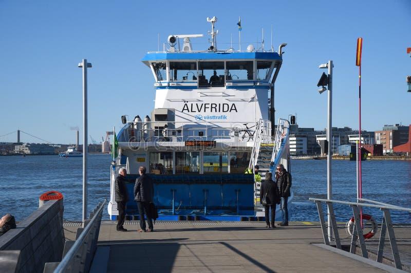 Een passagiersveerboot in de haven Gothenburg Zweden stock afbeelding
