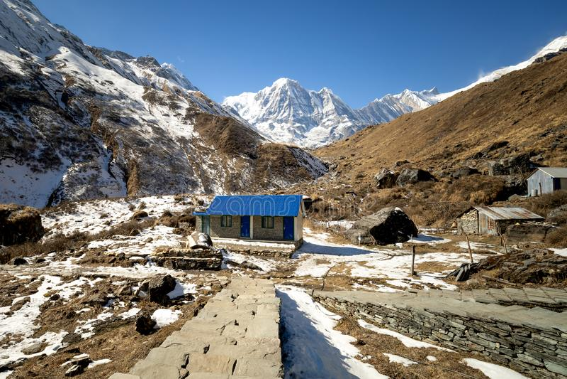 Een plattelandshuisje in Fishtail Basiskamp Nepal stock fotografie