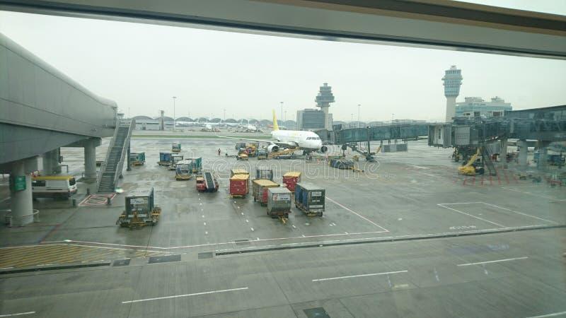 Een regenachtige dag in luchthaven royalty-vrije stock afbeeldingen