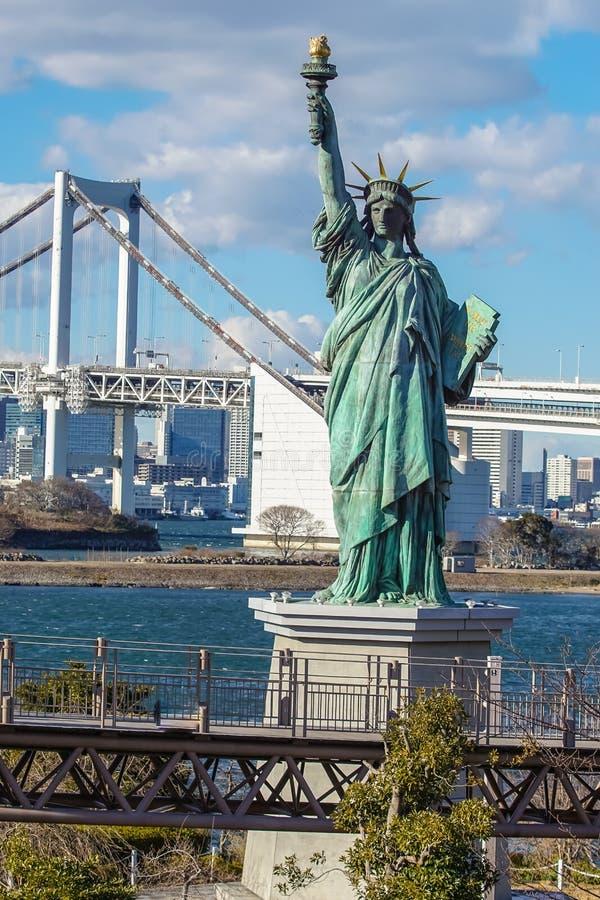 Een replica van standbeeld van vrijheid stock foto's