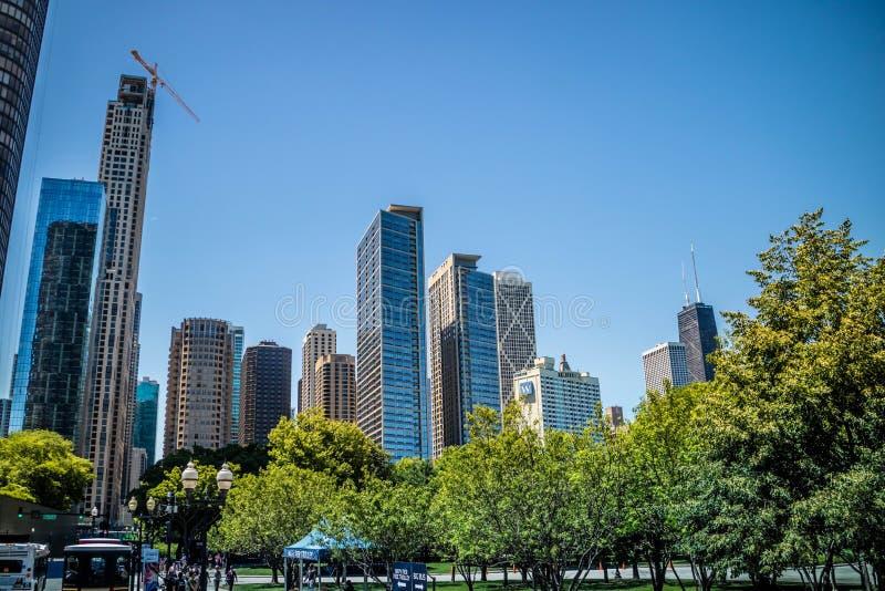 Een reusachtig wolkenkrabbergebouw in Chicago, Illinois royalty-vrije stock foto
