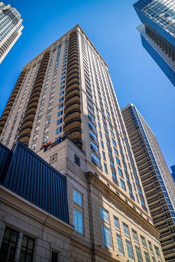 Een reusachtig wolkenkrabbergebouw in Chicago, Illinois royalty-vrije stock foto's