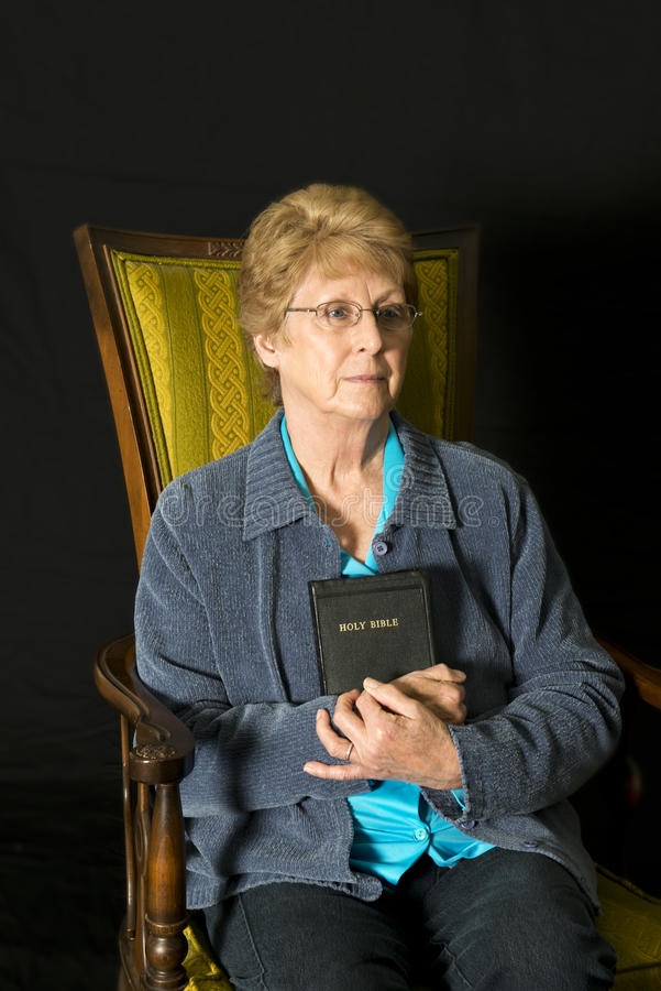 Het rijpe Hogere Portret van de Godsdienst van de Vrouw Christelijke stock afbeelding