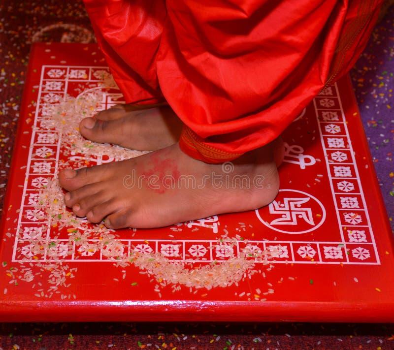Een ritueel in sanskar Upanayan stock foto's