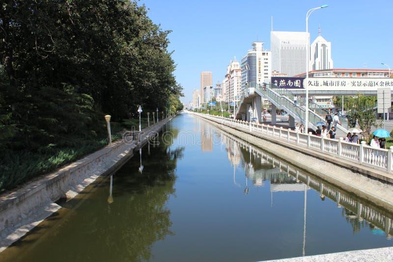 Een rivier in de stad tianjin China royalty-vrije stock foto