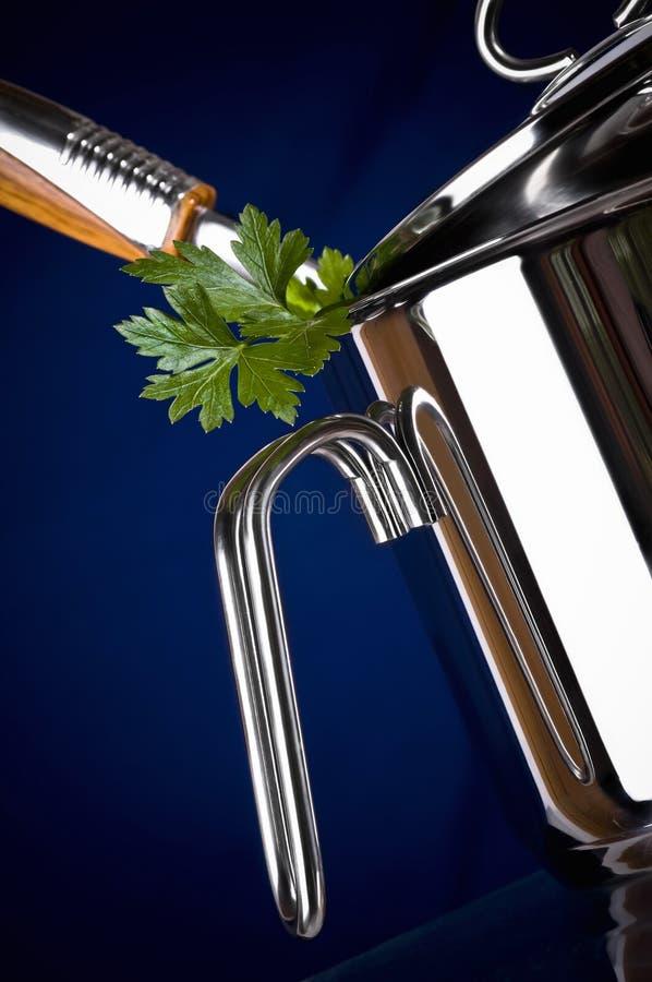Download Een roestvrije pan stock afbeelding. Afbeelding bestaande uit glanzend - 10777929