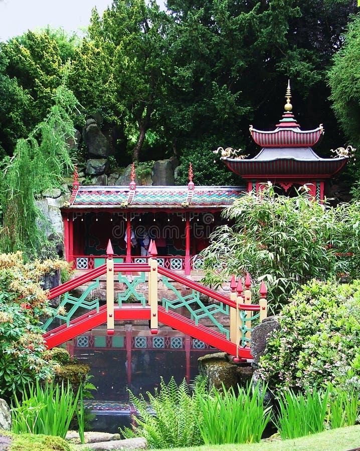 Een rustige Japanse tuin royalty-vrije stock afbeeldingen