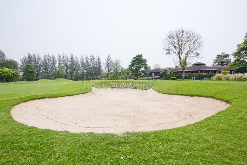 Een sandpit bij een golfcursus royalty-vrije stock afbeelding