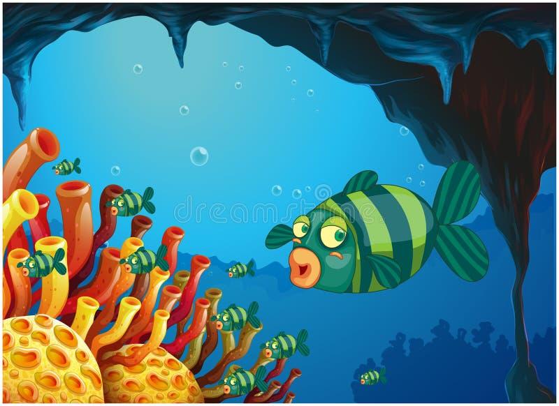 Een school van streep-gekleurde vissen onder het overzees stock illustratie
