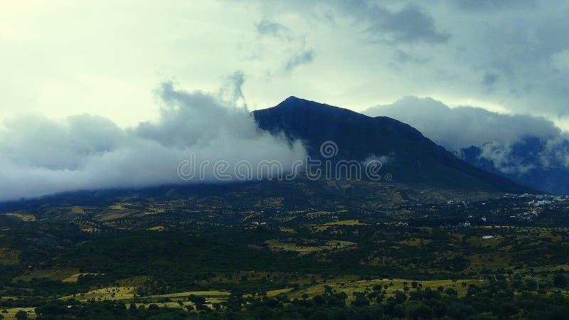 Een speciale dag die de schoonheid van de bergen van noordelijk Marokko benadrukken stock foto