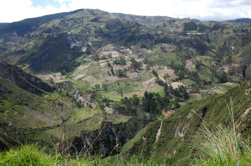 Een spectaculaire mening van de Ecuatoriaanse Andes royalty-vrije stock foto