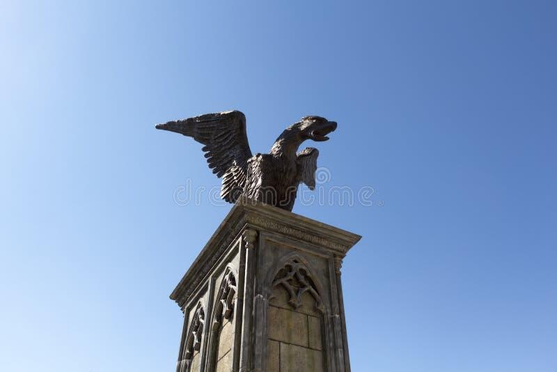 Een standbeeld van een Eagle-draak stock foto's