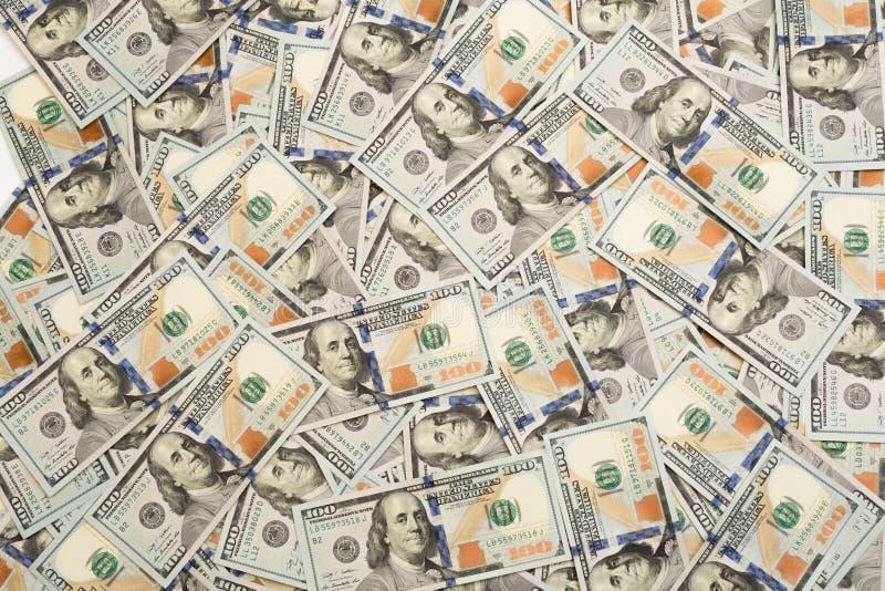 Een stapel van honderd bankbiljetten van de V.S. met voorzittersportretten Contant geld van honderd dollarsrekeningen, dollaracht royalty-vrije stock foto's