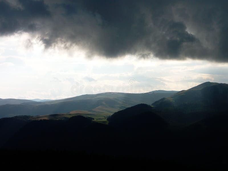 Een stuk van hemel op de Roemeense bergen royalty-vrije stock afbeeldingen