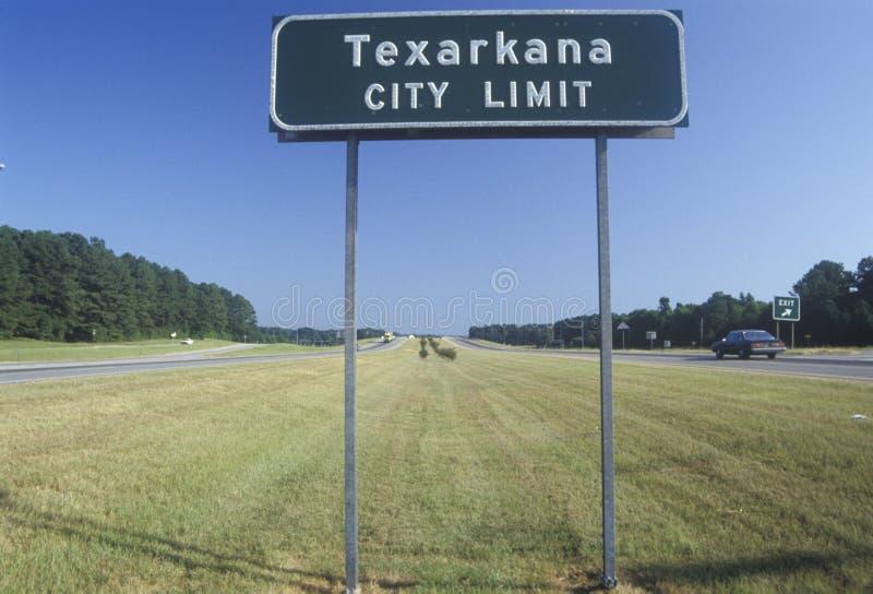 Een teken dat de Stad Limitï ¿ ½ van ï ¿ ½ Texarkana leest stock afbeeldingen