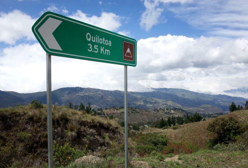 Een teken merkt de manier van de Quilotoa-Lijnstijging royalty-vrije stock afbeeldingen