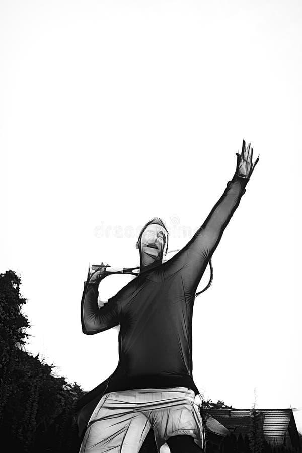 Een tennisspeler treft voorbereidingen om een tennisbal tijdens een gelijke met zonlicht in achtergrondillustratie te dienen vector illustratie