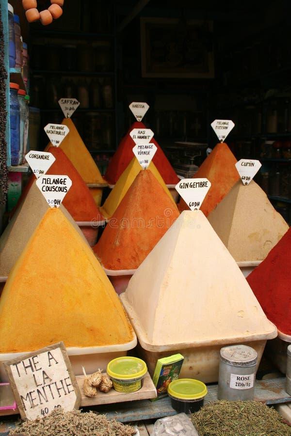 Een traditionele en kleurrijke antieke markt stock afbeeldingen