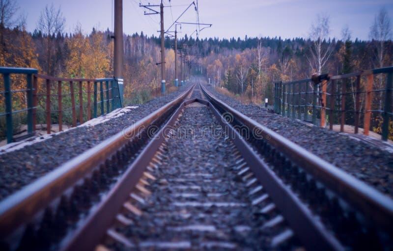 Een treinspoor stock afbeelding