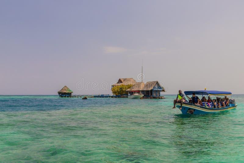 Een typische mening in de eilanden van Rosario in Colombia stock foto's