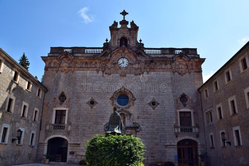 Een verbazend katholiek christelijk klooster van Santuari DE Lluc royalty-vrije stock foto