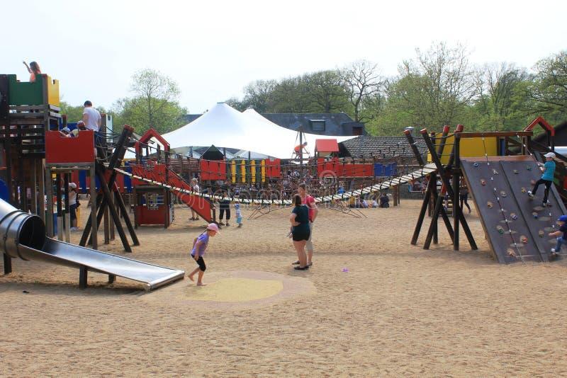 Een verbazende speelplaats voor jong geitje in Parc Merveilleux, Bettembourg royalty-vrije stock foto's